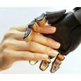 Une équipe de chercheur vient récemment de publier un article scientifique mettant en œuvre la création synthétique de la sensation de toucher sur de la peau artificielle...