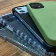 Trois tailles de smartphone pour 4 coloris...