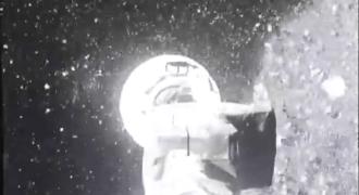 """[Le récap' !] OSIRIS-REx : résultats de l'approche de l'astéroïde Bennu ! (le """"touchdown"""" gagnant ?…)"""