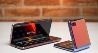 [Rumeur] Galaxy Z Fold 3 et Galaxy Z Flip 2 : les deux terminaux mobiles seraient dégainés par Samsung en Juillet 2021 !