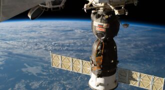 """""""L'objectif est qu'il soit prêt à être lancé en orbite en 2025"""" : Roscosmos annonce déjà travailler sur un premier module pour sa future station spatiale orbitale ! (RSS...)"""